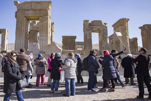 معاون گردشگری روز جهانی راهنمایان گردشگری را تبریک گفت