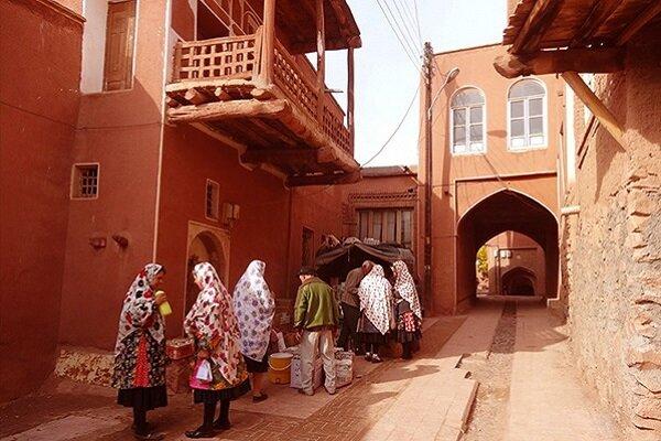 احترام به عقاید دینی و آداب محلی از مهمترین قوانین گردشگری است
