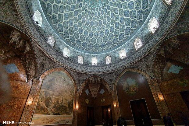 درون کاخمرمر چه خبر است؟/تلفیق هنر و معماری اسلامی و هخامنشی