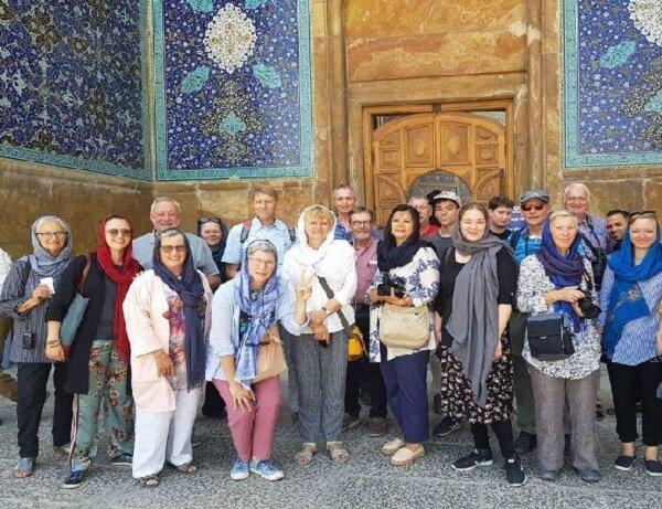 حدود ۸میلیون گردشگر خارجی در دهماهه اول سال به ایران آمدند